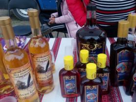 На тюльпановому фестивалі на Ковельщині незаконно продавали алкоголь