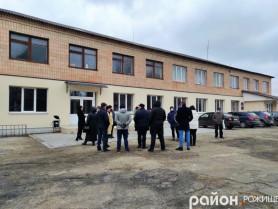 Депутати оглядають майновий комплекс на вулиці Мазепи, 108а