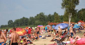 Пляж на озері Світязь