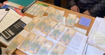 На Рівненщині ексдиректора ринку звинуватили у хабарництві