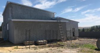 У Млинівській громаді триває будівництво заводу
