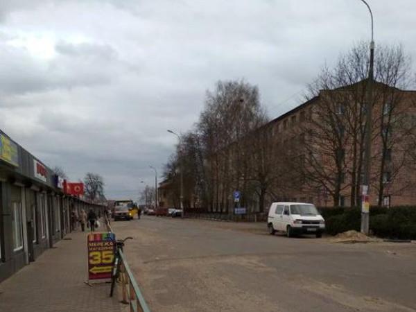 Вулиця Брестська в Любешеві