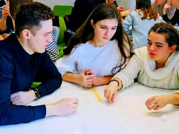 Учениця Турійської школи-гімназії Іванна Співаченко увійшла у перший етап Школи підприємництва для молоді«Бізнес-хвиля»