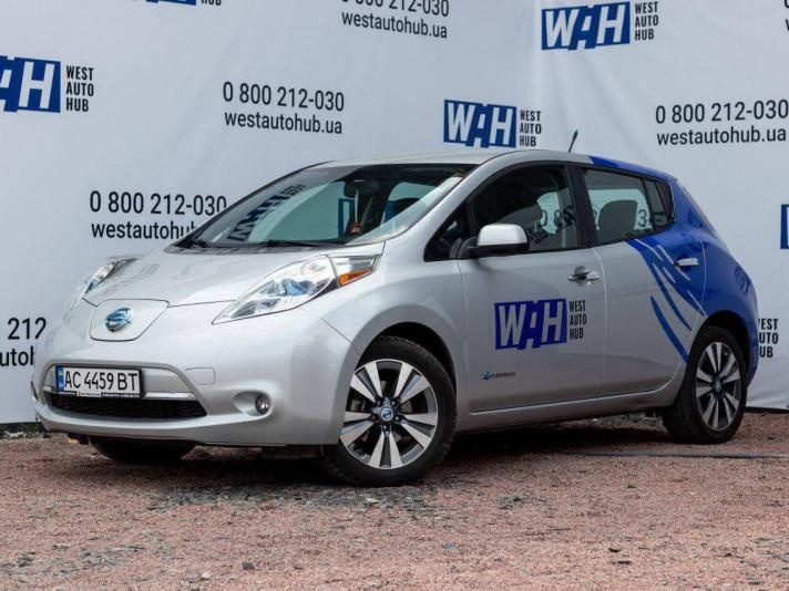 Електромобіль Nissan Leaf