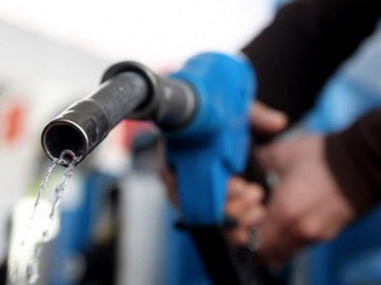 Бензин / Фото ілюстративне