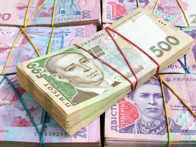 Працівник банку привласнював гроші клієнтів