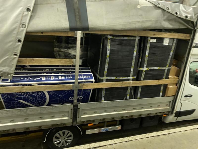 На «Ягодині» виявили більше тисячі контрабандних телефонів та телевізорів