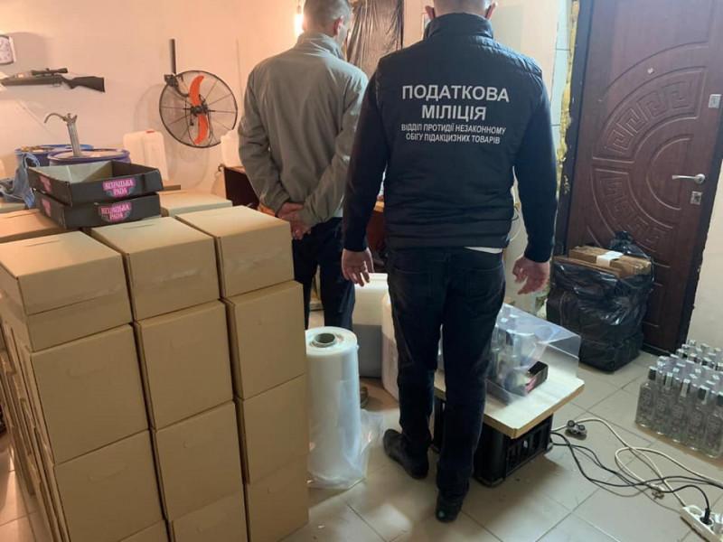 На Ківерцівщині «накрили» підпільний цех з виготовлення алкоголю