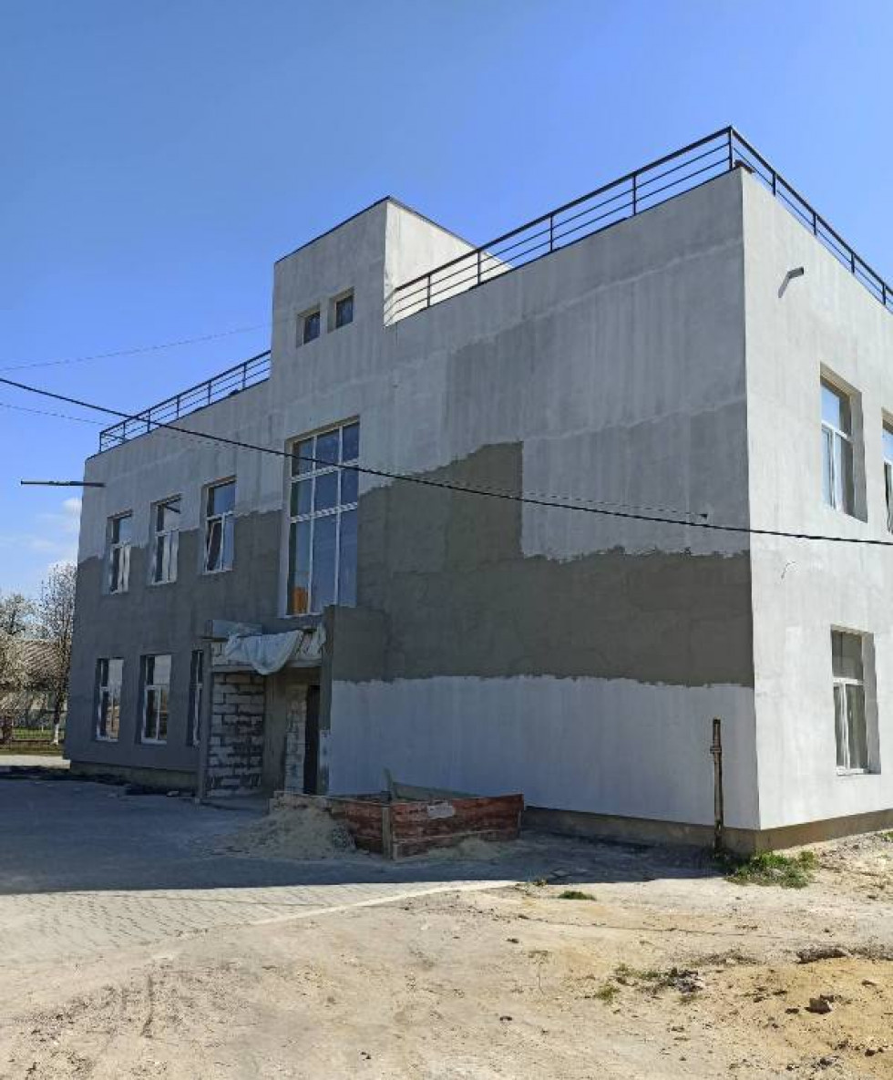 Добудова на території Корнинськиого ліцею