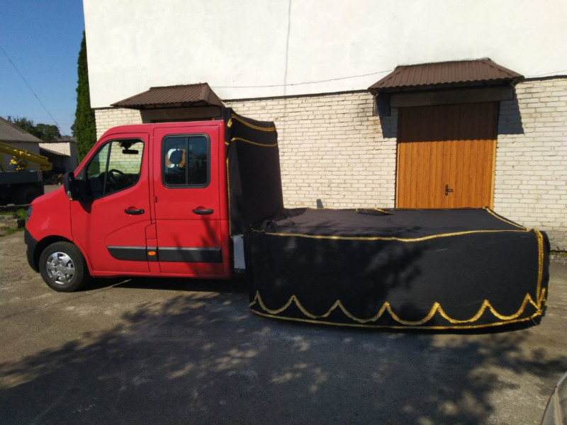 У Маневичі придбали новий автомобіль для ритуальних послуг за понад півмільйона гривень