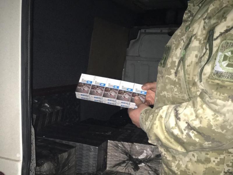 Правоохоронці виявили 50 пакунків з тютюновими виробами