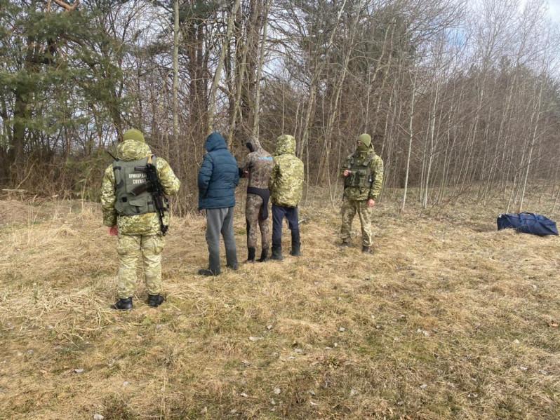 На польському кордоні затримали контрабандистів з Ковельського району