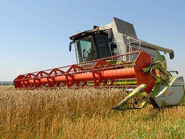 В цьогорічних жнивах будуть задіяні 140 зернозбиральних комбайнів як вітчизняного так і закордонного виробництва