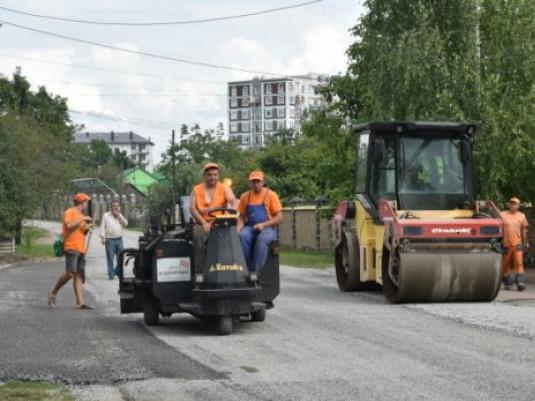 Ремонт дороги в Луцьку