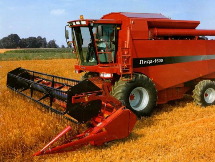 На Волині аграрна компанія змолотила чуже зерно
