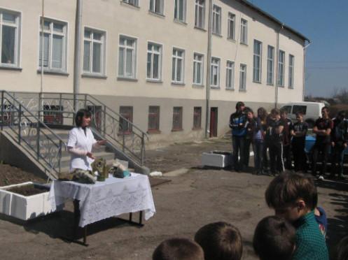 Школа в селі Забороль