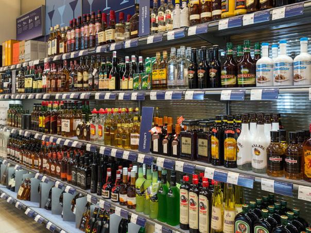 Володимир-Волинський: на заправці хочуть продавати алкоголь цілодобово