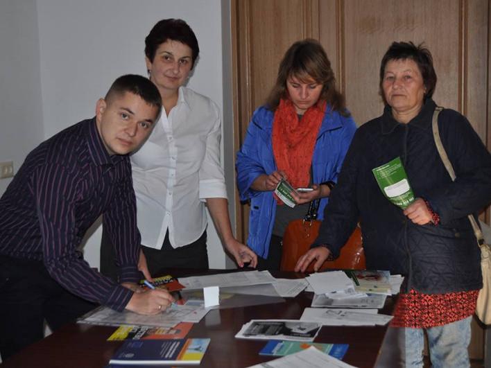 Мешканцям Устилузької ОТГ розповіли про нелегальну трудову міграцію та протидію торгівлі людьми