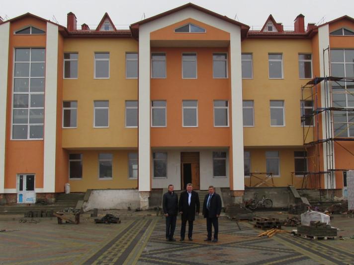 Визначили переможця тендеру на будівництво школи Камінь-Каширського району