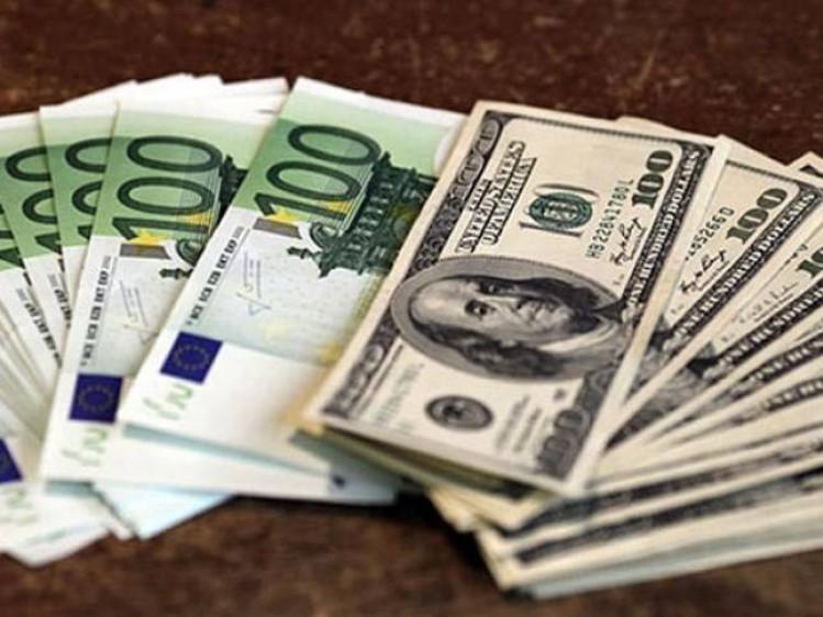 Ковельський прокурор повернув валюту, яку поліція вилучила в обміннику «Альфа Інвесту»