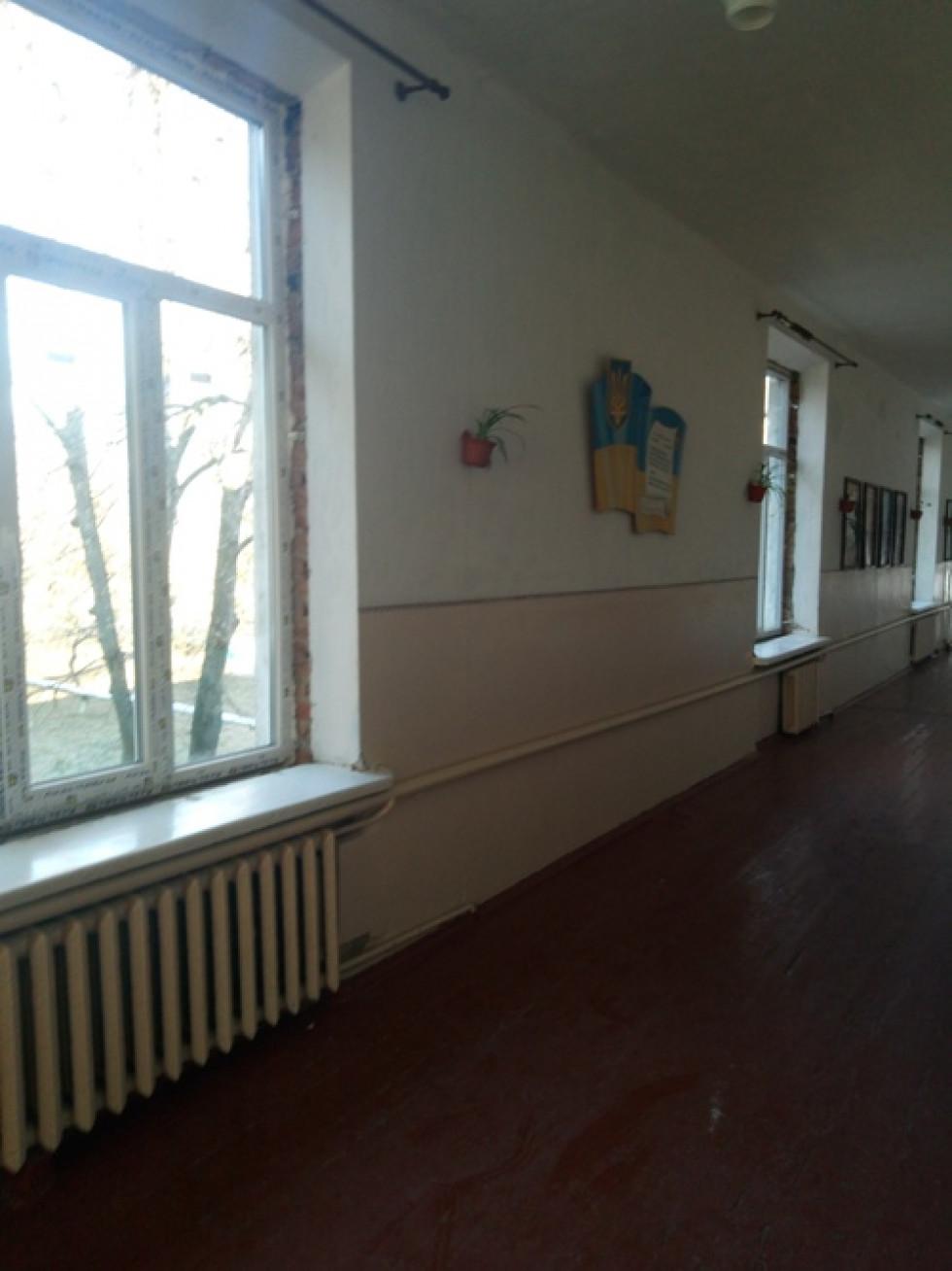 нові вікна у школі села Доросині