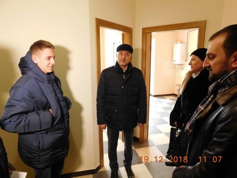 У Луцькому районі подарували житло для дітей-сиріт