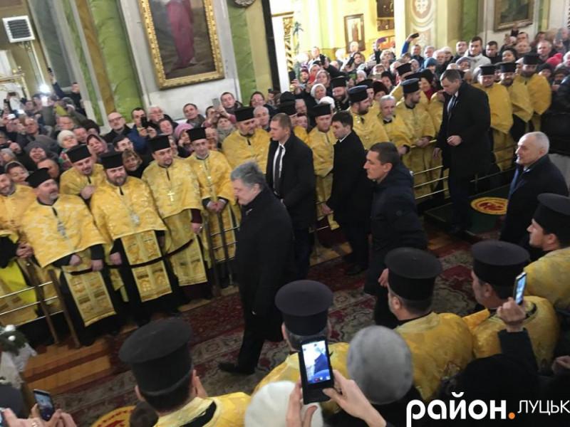 Президент Петро Порошенко вже у Луцьку