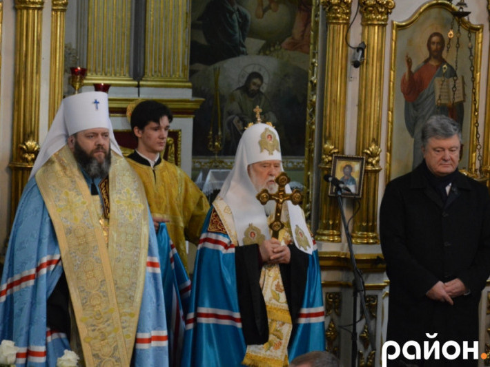 Томос та співи: як Петро Порошенко відвідав Луцьк. ВІДЕОРЕПОРТАЖ