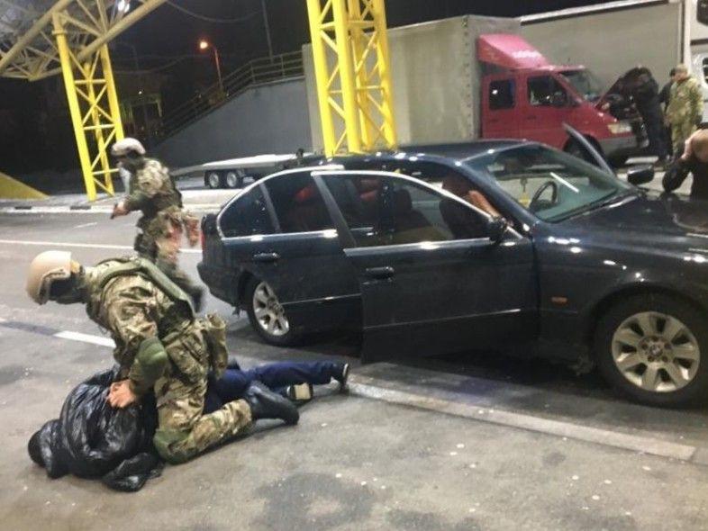На «Ягодині» затримали сексторгівців, які вербували українок