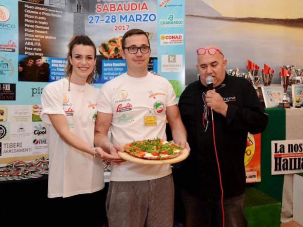Андрій Злотко, уродженець селища Іваничі, який відкрив піцерію в Італії, мріє про власний бізнес на Україні.