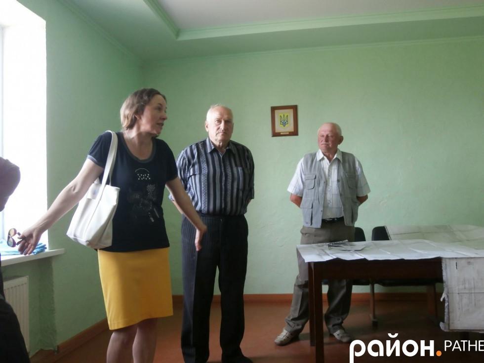 Депутатка селищної ради Ольга Головій на зборах селян