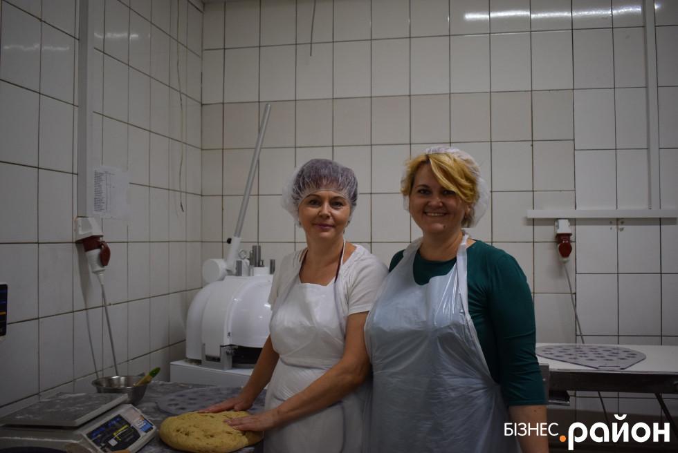 Фатєєва Лариса (праворуч)Ірина Самолюк (ліворуч)
