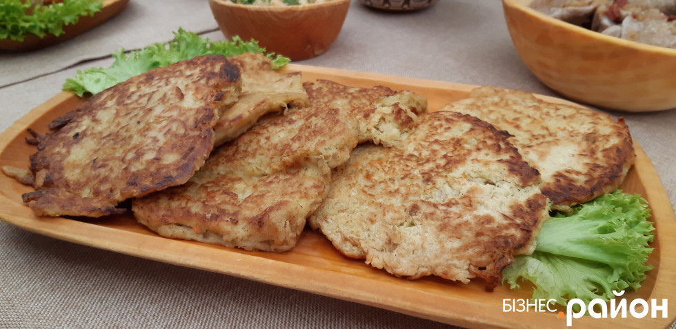 Фічки – капустяні деруни, традиційна страва поляків Підкарпаття
