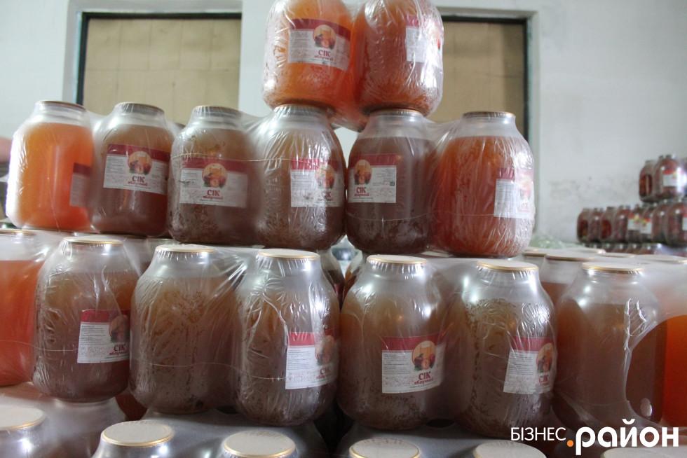 Натуральні соки чекають покупців
