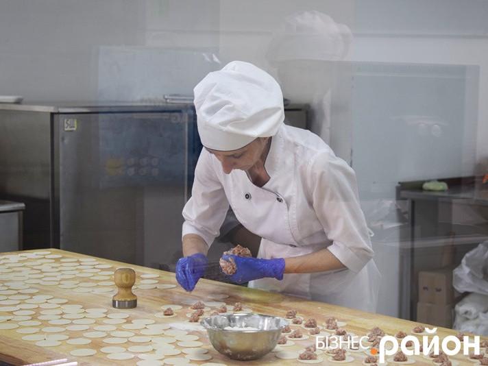 Навіщо продукти «Галі балуваної»готують на очах у покупців