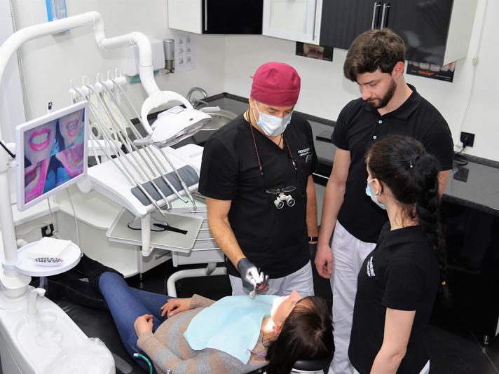 Стоматологія-косметологія PrestigeDent