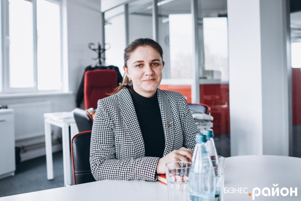 Директорка з економіки Оксана Антонюк