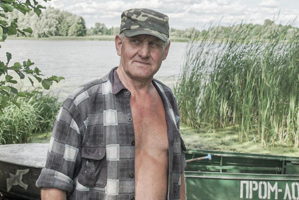 Микола Федоренко, рибалка, який живе в Нижніх Жарах