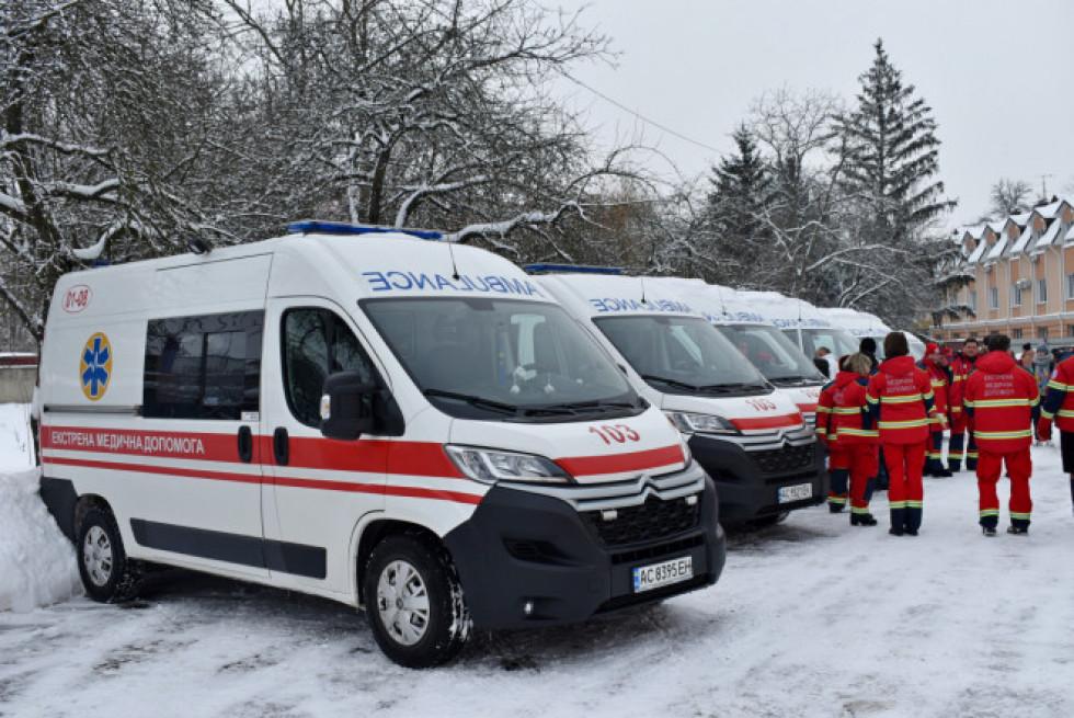 Автомобілі для спеціалізованих бригад, які надають допомогу хворим на COVID-19.